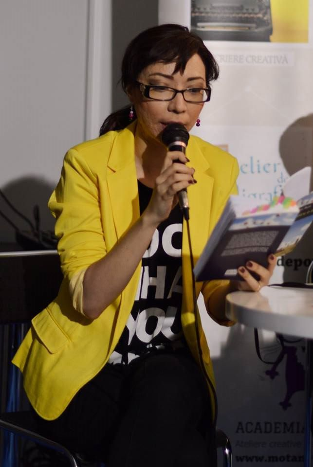 Georgiana Șerban, moderatoare pop-up stories club