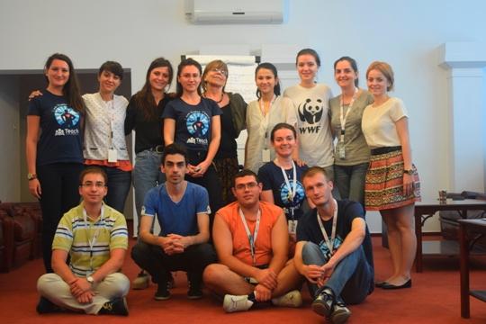 Leadership Summer Academy nestworking grup mic cu Alina si Sica
