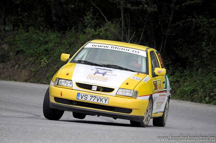 motanov on racing car